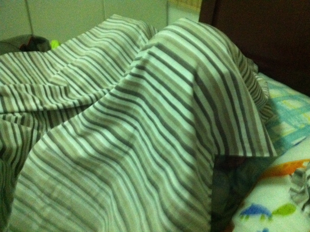 isa pa palang hide and seek.. using blankets this time..